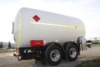 Tankwagen mit Anhänger